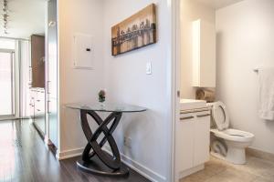 Corporate Ryan Suites York Street, Appartamenti  Toronto - big - 51