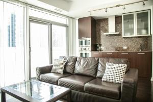 Corporate Ryan Suites York Street, Apartmány  Toronto - big - 22