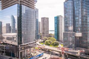 Corporate Ryan Suites York Street, Appartamenti  Toronto - big - 14