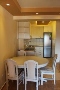 Apartments Solaris, Apartments  Budva - big - 57