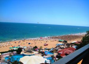 Sea View Rental Front Beach, Золотые Пески