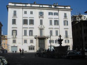 Appartamento Piazza Farnese - abcRoma.com