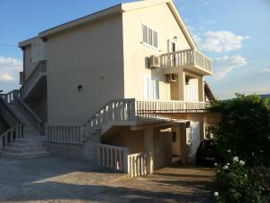 Apartment Vukovic, Тиват