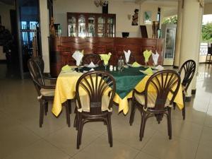 Best Outlook Hotel, Отели  Bujumbura - big - 51