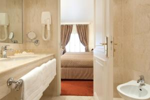 Grand Hôtel Moderne (12 of 45)