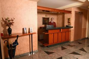 Hotel Glam, Hotel  Skopje - big - 51