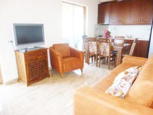 Vila Altini Borsh, Apartmanok  Borsh - big - 63