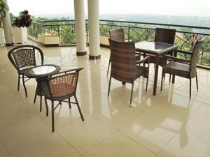 Best Outlook Hotel, Отели  Бужумбура - big - 35