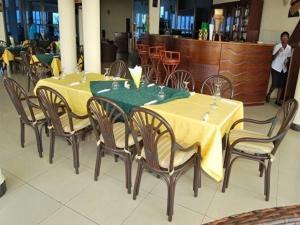 Best Outlook Hotel, Отели  Бужумбура - big - 36