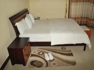 Best Outlook Hotel, Отели  Бужумбура - big - 27