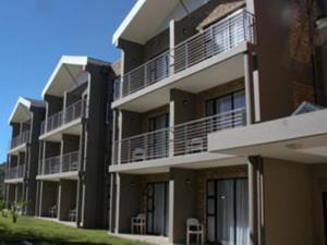 Blue Lagoon Hotel and Conference Centre - Beacon Bay