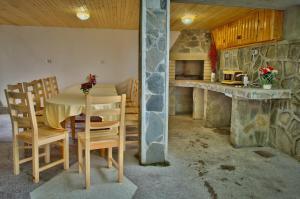 Guest House JoJi, Pensionen  Saparewa Banja - big - 23