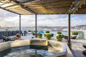 Radisson Blu Riverside Hotel - Grimmered