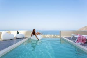Skyfall Suites - Adults Only - Пиргос