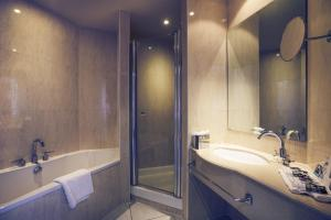 Mercure Cardiff Holland House Hotel and Spa (29 of 50)