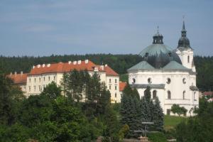 Albergues - Zámek Křtiny