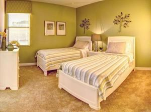 Victoria Drive Holiday Home at Providence, Holiday homes - Davenport
