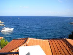 Yalis Hotel Alonissos Greece