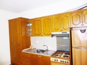 Vila Altini Borsh, Apartmanok  Borsh - big - 22