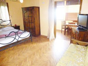 Vila Altini Borsh, Apartmanok  Borsh - big - 78