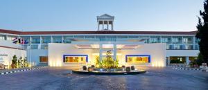 Olympic Lagoon Resort Paphos (2 of 47)