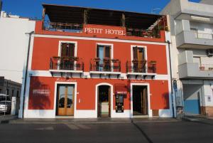 Petit Hotel, Hotel  Milazzo - big - 83