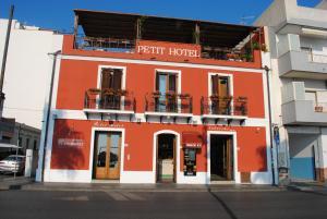 Petit Hotel, Hotel  Milazzo - big - 81