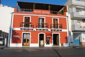 Petit Hotel, Hotel  Milazzo - big - 79