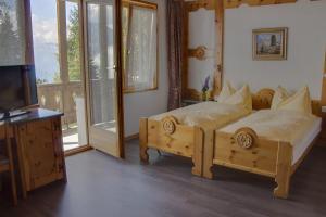 Ferienhotel Waldhaus - Hotel - Bettmeralp
