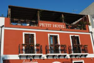 Petit Hotel, Hotel  Milazzo - big - 22