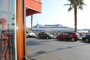 Petit Hotel, Hotel  Milazzo - big - 31
