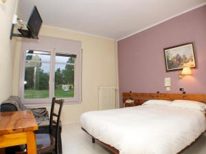 Hotel Mirador, Hotely  Lles - big - 4