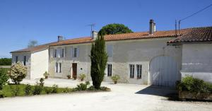 Le Vieux Noyer - Baignes-Sainte-Radegonde