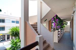 Apartamentos Estanques, Apartmány  Colonia Sant Jordi - big - 35