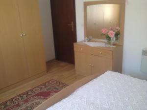 Apartment Hrastic, Апартаменты  Пореч - big - 33