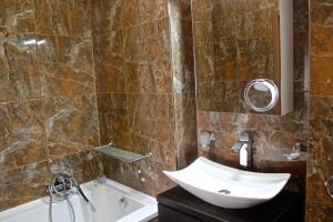 Moravia Boutique Apartments, Residence  Karlovy Vary - big - 9