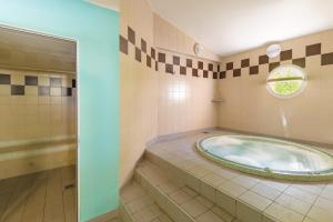 Lagrange Vacances Les Terrasses des Embiez, Apartmanhotelek  Six-Fours-les-Plages - big - 21