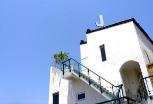 Hostales Baratos - J Hotel Resort