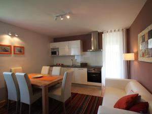 Apartments Hiša Brdo 48