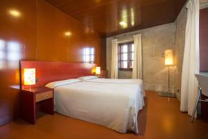 Hotel Torre Lombarda, Country houses  Allariz - big - 5