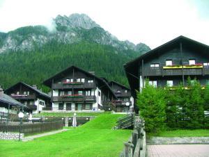 Residence Borgo al Sole, Apartmánové hotely  Sappada - big - 28