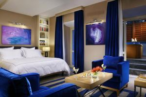 The First Luxury Art Hotel (9 of 37)