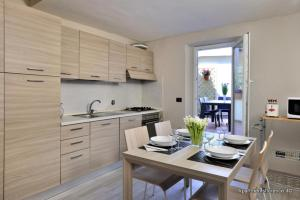 Apartments Florence - Nido Bianco - AbcAlberghi.com