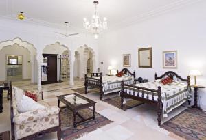 Alsisar Mahal- Heritage Hotel, Отели  Alsīsar - big - 7