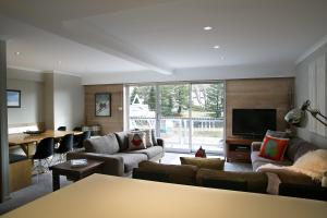 Altitude Apartments - Falls Creek