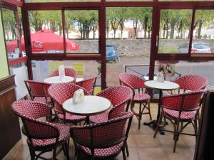 Pub Vauban, Hotels  Avallon - big - 23