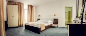 Babylonia Resort