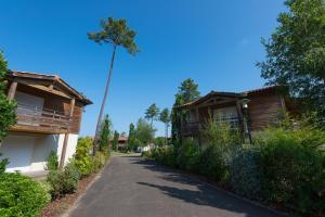 Les Cottages Du Lac, Villaggi turistici  Parentis-en-Born - big - 14