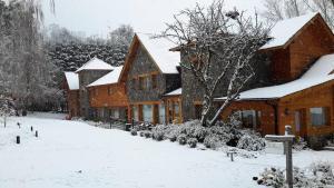 La Escondida Casa De Huespedes&Spa - Hotel - Villa La Angostura