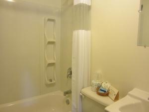 Bulkley Valley Motel, Мотели  New Hazelton - big - 7